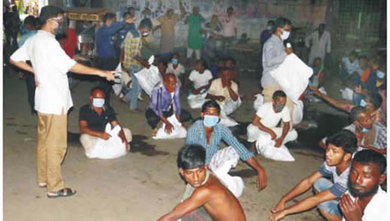 কুমিল্লায় প্রধানমন্ত্রীর উপহার যাচ্ছে অসচ্ছলদের ঘরে ঘরে